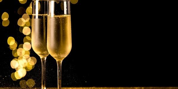Maridaje entre el jamón ibérico y el cava o el champán